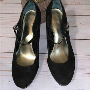 Alfini Black Suede Mary Jane Heel Shoes  6.5